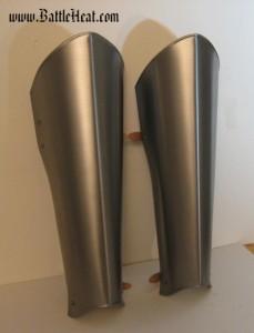 Lange Stahlbeinschienen